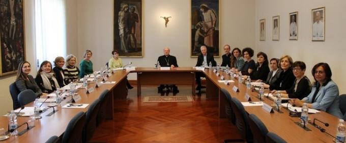 La preghiera di papa Francesco: Donne in posti di responsabilità nella Chiesa